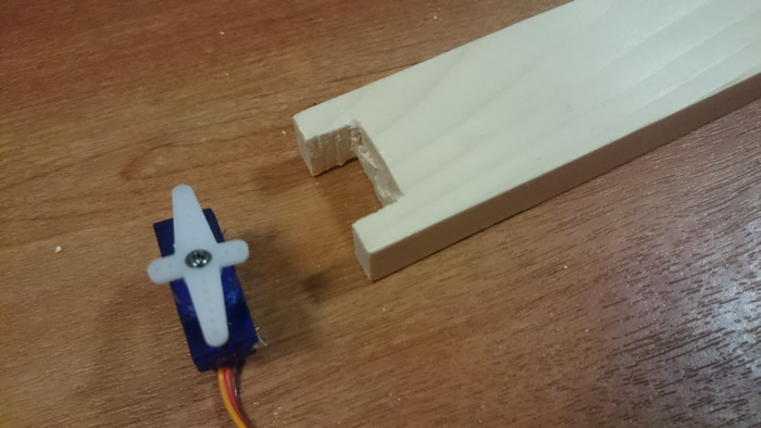 making room for the servo motor in the handle