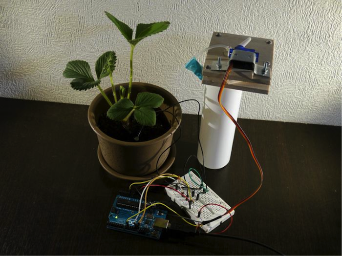 An Arduino Plant Monitoring & Watering Device