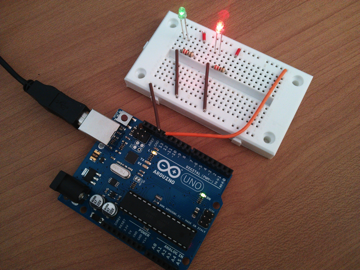 Arduino lighting 2 leds
