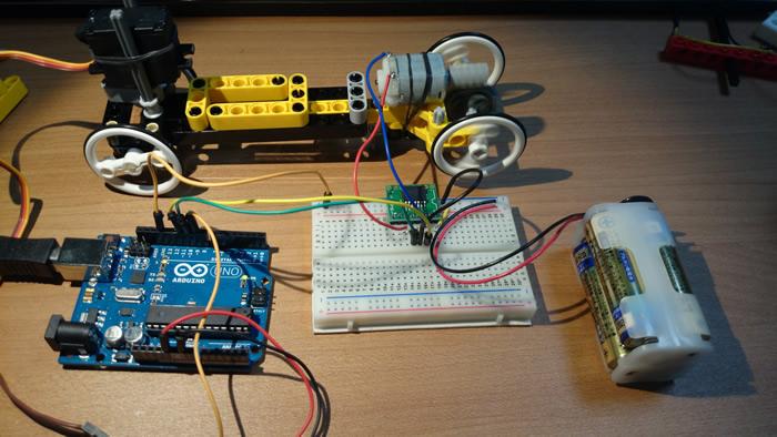 Testing Arduino RC car circuit